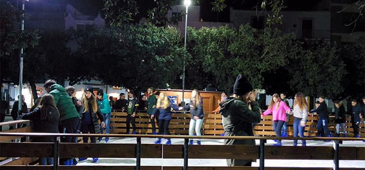 Grande successo per la pista di pattinaggio in piazza Garibaldi