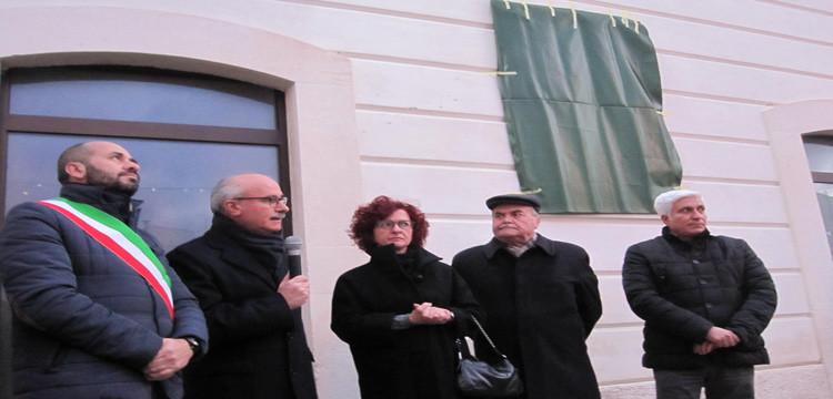 Noci dedica epigrafe a Pietro Gioja, cultore della città e dei cittadini