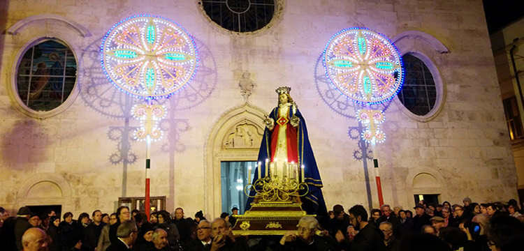 Noci festeggia Santa Lucia