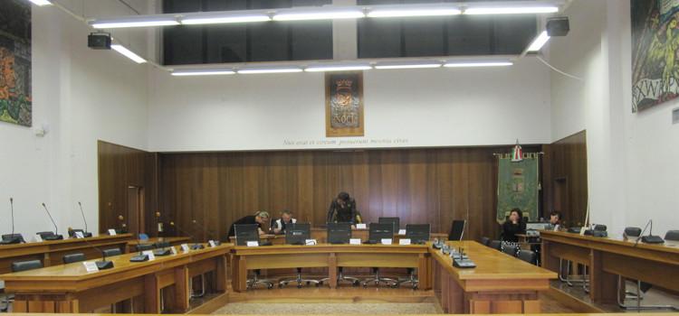 Tutti assenti, il Consiglio Comunale si svolgerà domani