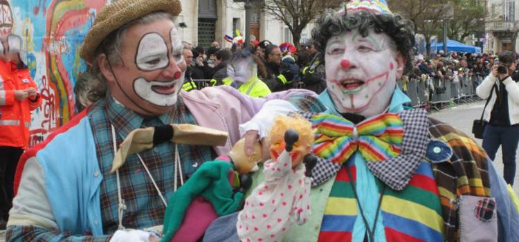 """""""Cecio e Fagiolo"""", i clown del carnevale di Putignano"""