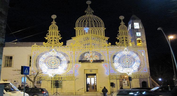 chiesa-cappuccini-luminarie