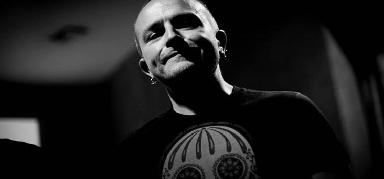 """""""Nausea"""": il nuovo album di Gianni Console"""