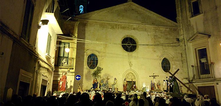 """Processione dei Misteri 2016, Don Peppino: """"Il messaggio delle statue è la misericordia"""""""