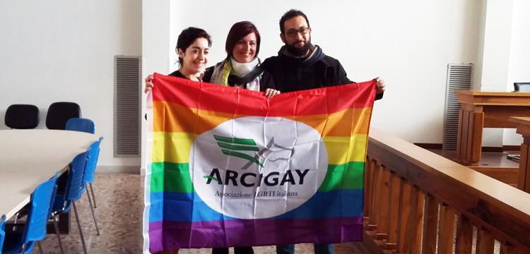 Noci dice no all'omofobia