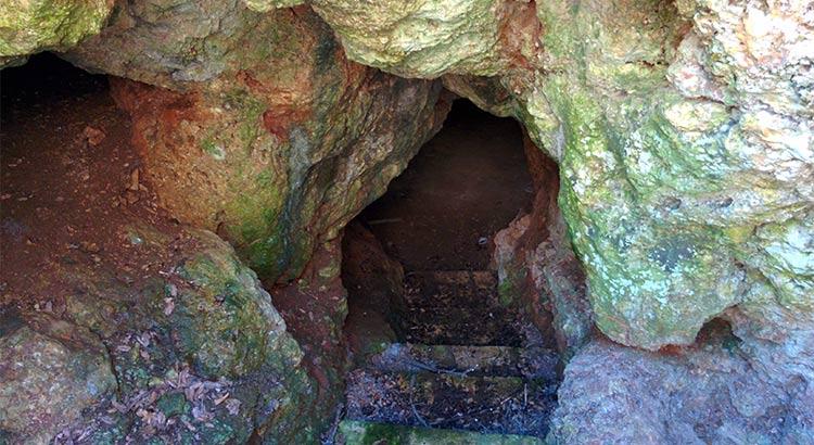 grotta-Madonna-della-Croce