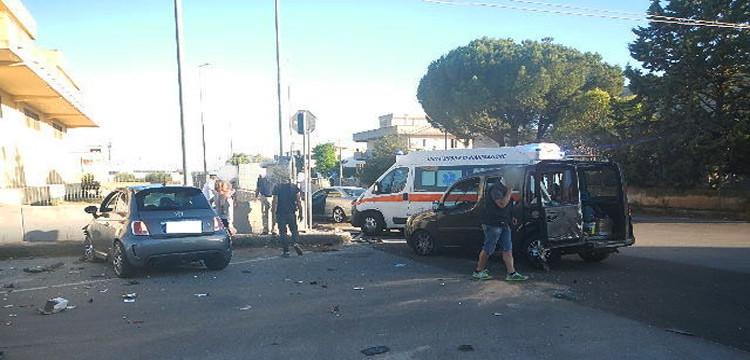 Incidente in zona industriale, 4 feriti