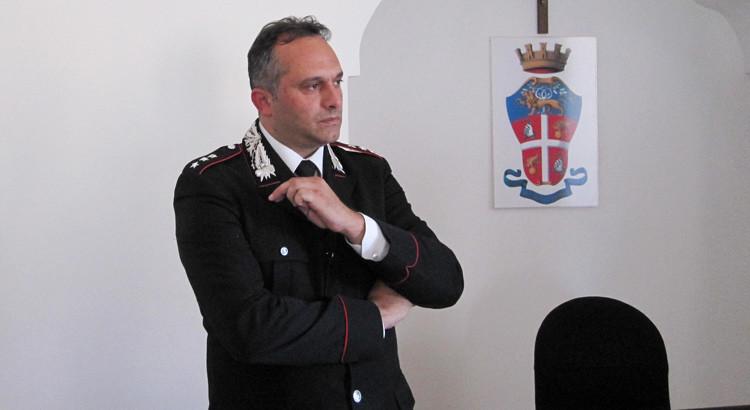 Il Cap. Ennio Maglie alla guida della Compagnia Cc di Gioia del Colle