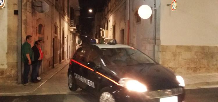 Parcheggi selvaggi, intervengono i Carabinieri