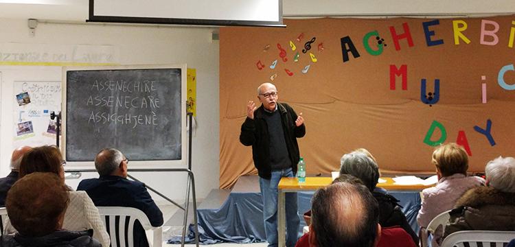 Lezioni di dialettologia: Mario Gabriele racconta le origini del lessico dialettale nocese