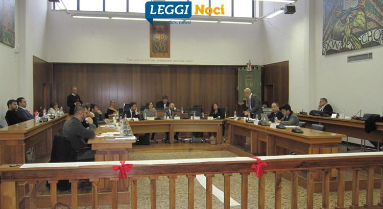 Consiglio comunale, passano le variazioni di bilancio