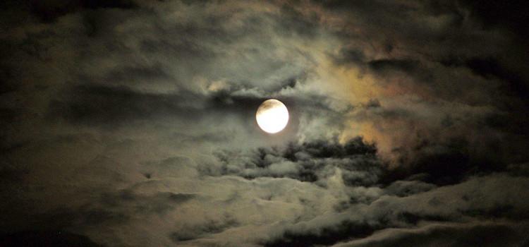 A Noci niente Superluna