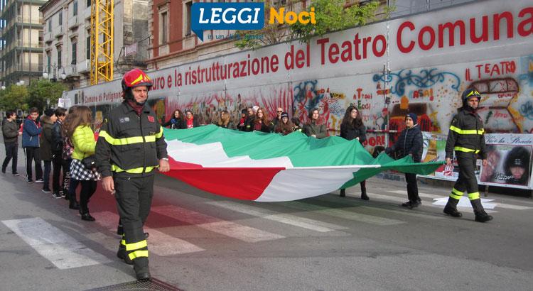 festa-vvf-parata-tricolore