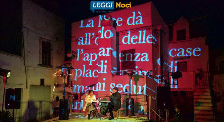 """Successo per """"Luci, Versi e Musiche nelle Gnostre"""", l'iniziativa ha rivitalizzato il centro storico nocese"""