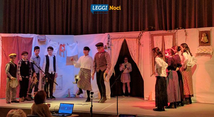 teatro-positano-alunni-scena