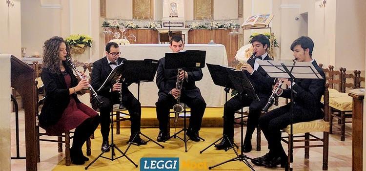 """""""Largo al quintetto"""" anima la chiesa SS. Nome di Gesù per il concerto di Natale"""
