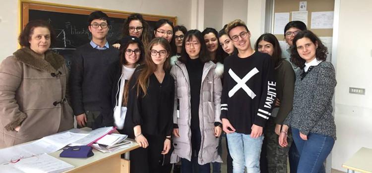 """Liceo Da Vinci: due stagiste cinesi per il progetto """"EduCHANGE"""""""