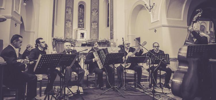 Gli Amici del Plettro: omaggio musicale a Mons. Giovanni Intini