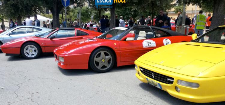 """AVIS: """"La Ferrari nel paese dei tre campanili"""", spettacolo e solidarietà"""