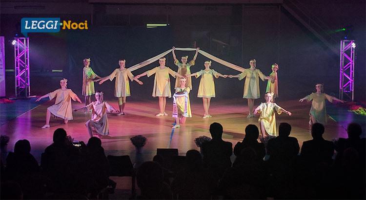 """""""Folklore dalla Bielorussia"""": solidarietà e spettacolo al Pala De Luca Resta"""