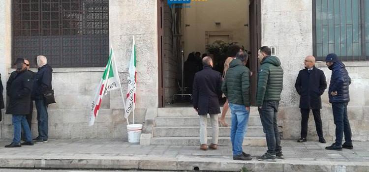 Primarie Pd: a Noci vince Emiliano, ribaltato il risultato degli iscritti
