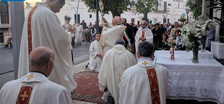 Corpus Domini, fede lungo le vie dell'estramurale
