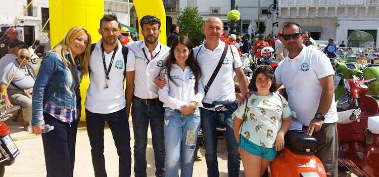 Il Vespa Club Noci presente al 4° Vespa Day Tour di Ceglie Messapica