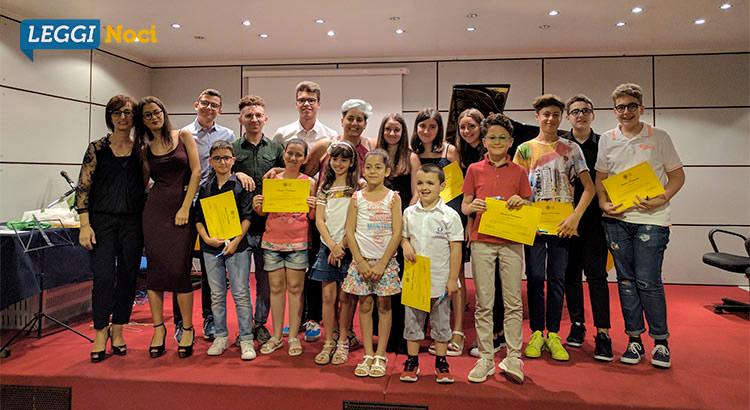 young-saggio-pianoforte-gruppo-attestati
