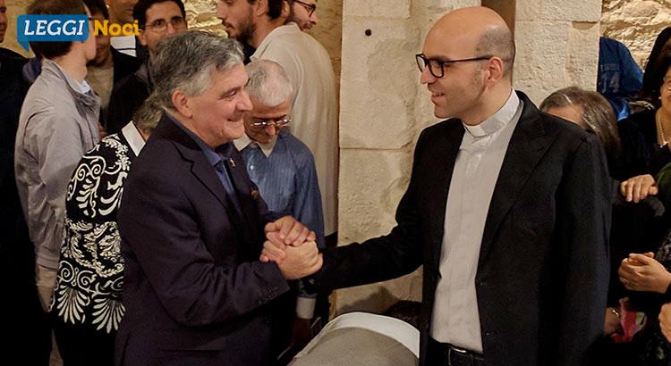 """Noci in festa per il nuovo parroco, il Vescovo: """"con gioia avete seguito don Peppino, ora tocca a don Stefano"""""""