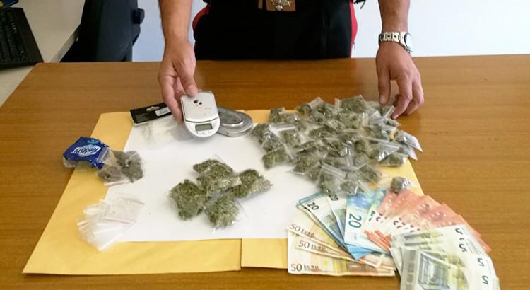 Ancora droga, arrestato 19enne