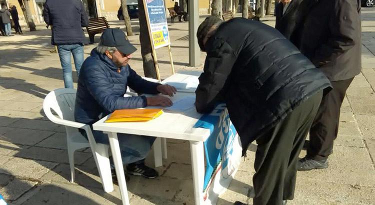 """FdI-An, 80 firme contro lo """"Ius soli"""""""