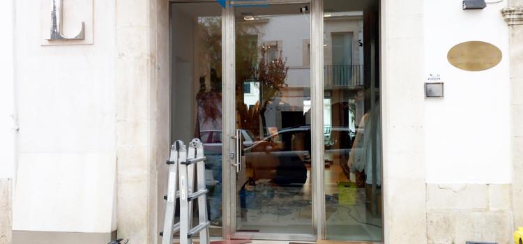 Tentato furto alla boutique di via Calvario
