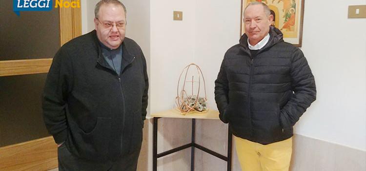 """""""Cristo Re dell'Universo"""", Vicenti dona scultura alla parrocchia Ss Nome di Gesù"""