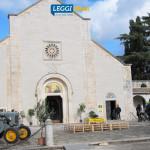 coldiretti-festa-ringraziamento-2017-ingresso-abbazia-trattori