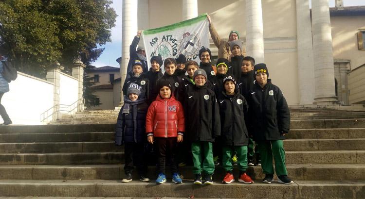atletico-noci-udinese-academy-squadra-striscione