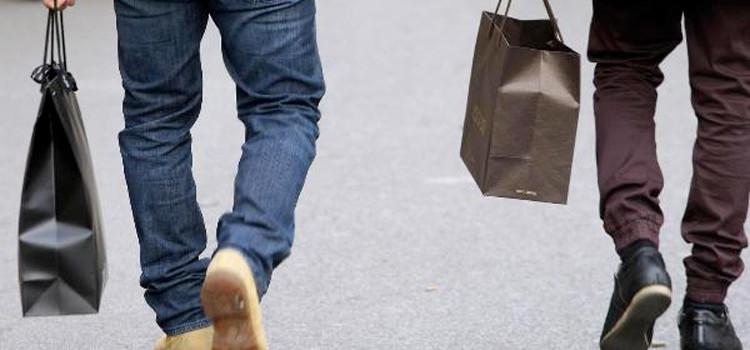 Saldi: ottimismo di Confcommercio. Shopper biodegradabili a 2 cent
