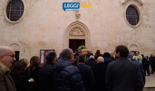 """L'ultimo saluto a Simone Martucci, """"l'amico di tutti"""""""