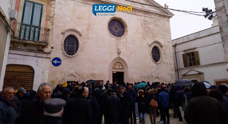 funerali-simone-martucci-piazza