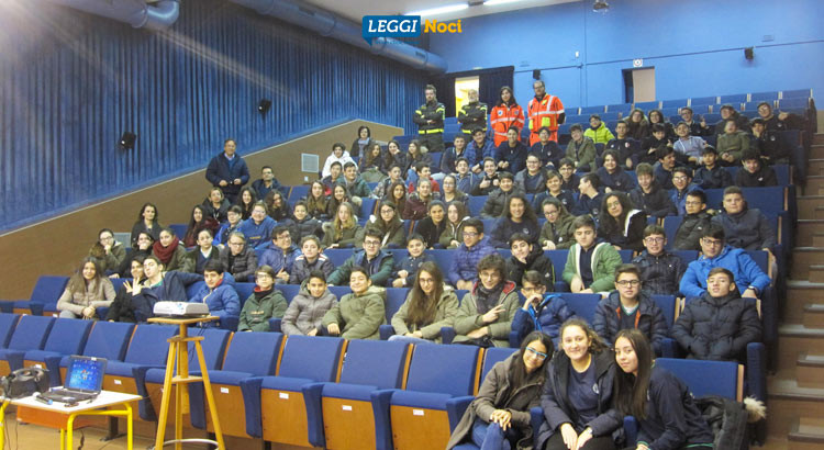 """Gli studenti della """"Gallo"""" a lezione di sicurezza stradale"""