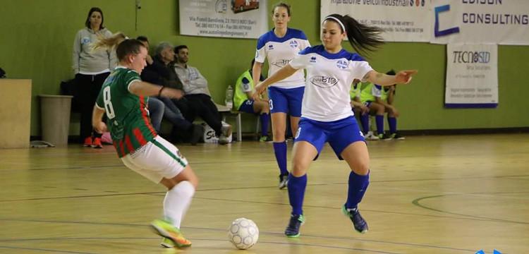 C5 femminile: la PuroBio cade a Bisceglie ma continua il sogno play-off