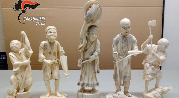 cites-avorio-statuette