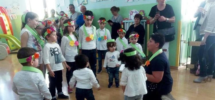"""I bambini della ludoteca """"Girotondo"""" festeggiano la primavera"""