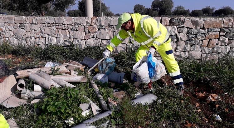 """Abbandono illecito di rifiuti, Fusillo: """"Sanzioni ai trasgressori"""""""