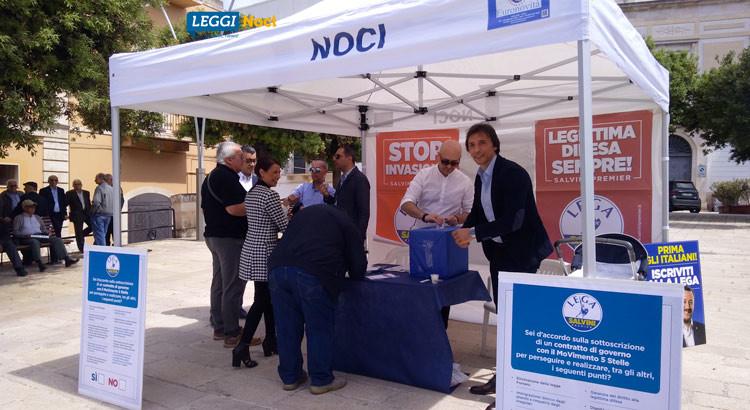 """""""Contratto di Governo"""": il gazebo della Lega raccoglie 150 firme"""