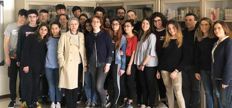 La Biblioteca nel 2018: ascensore attivo e poesia digitalizzata