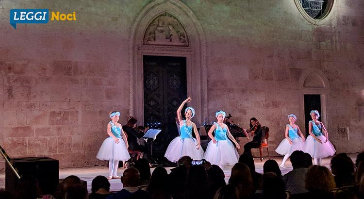ballet-school-spettacolo-piccole-ballerine