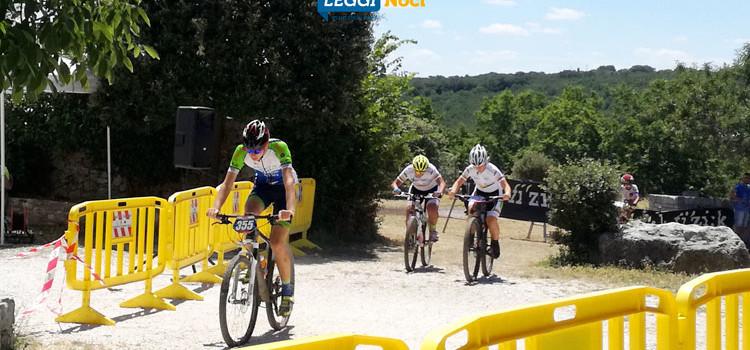 1° XC Città di Noci di successo: competizione e divertimento per centinaia di bikers