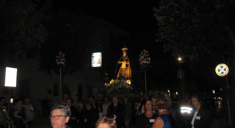 In processione per la Madonna Addolorata