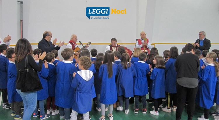 Il Gruppo Folk va a scuola… per un rinnovo generazionale