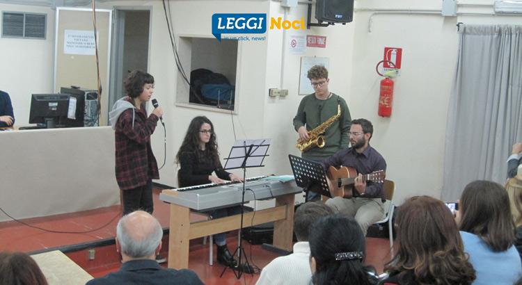 liceo-storia-scuola-studenti-gruppo-musicale